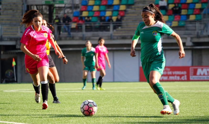 f6061baadceb2 Colo Colo y Deportes Temuco siguen firmes a la cabeza de sus zonas en el Fútbol  Femenino. ›